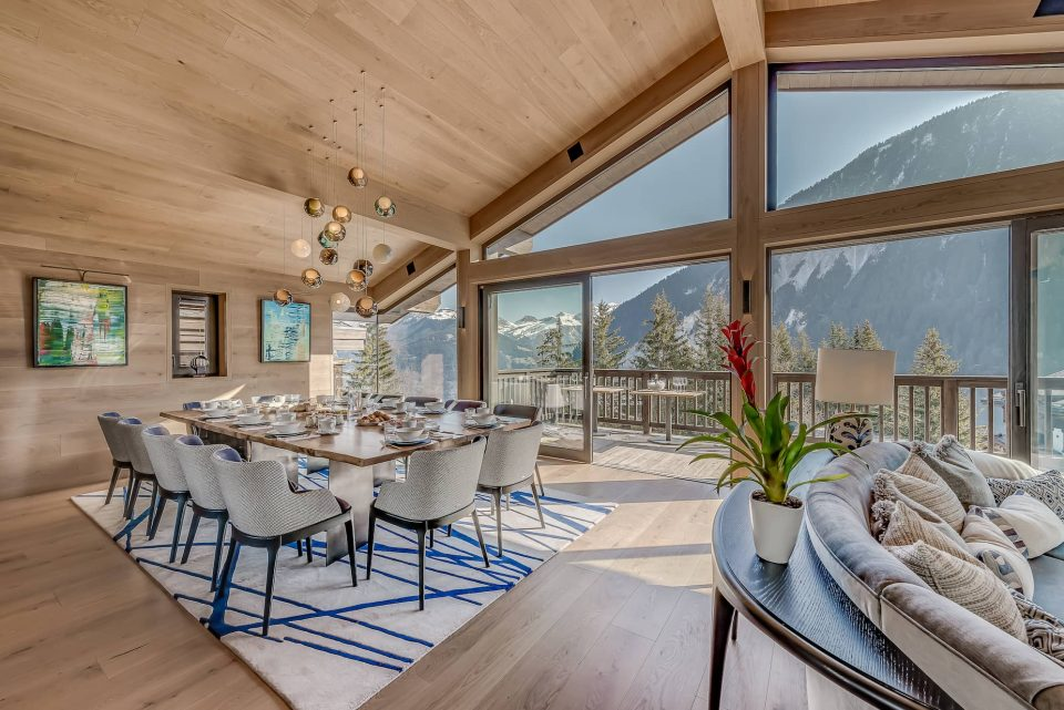 WHY WORK WITH CONSENSIO CHALETS?