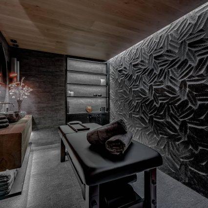Chalet Bacchus, Courchevel, Consensio - Massage Room