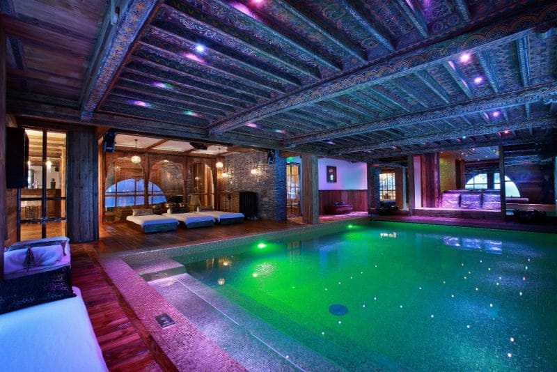 chalet marco polo pool