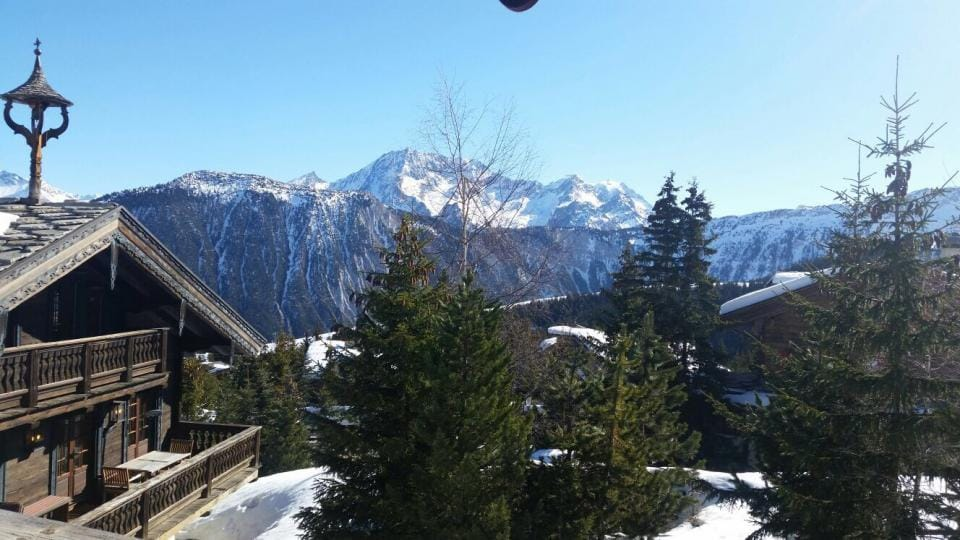 Courchevel1850-ChaletView-3Valleys-Mountains-FrenchAlps