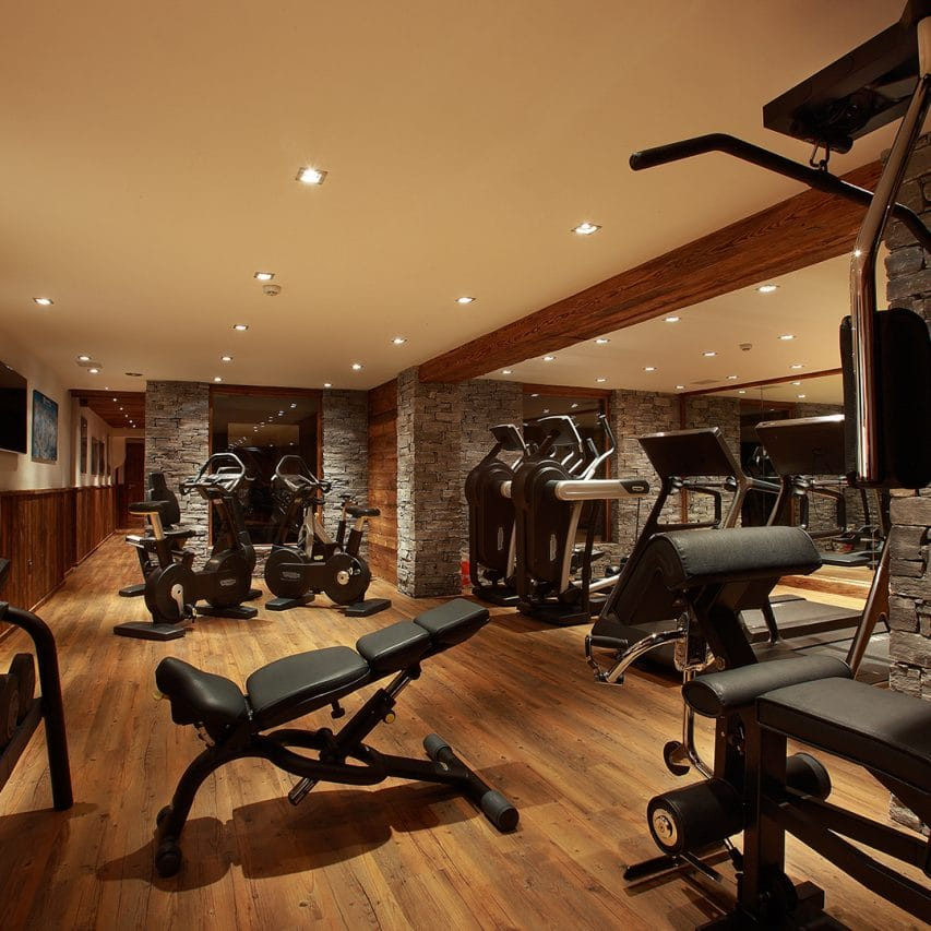 Fully equipped gym in a ski chalet, val d'isere, espace killy, france