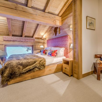 chalet Elephant Blanc bedroom 5