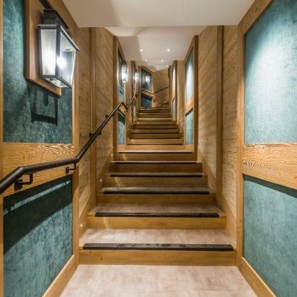 Chalet Elephant Blanc Hallway