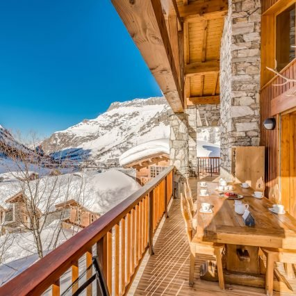 chalet Elephant Blanc Balcony views
