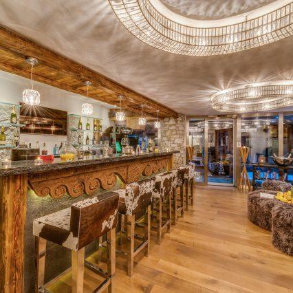 Chalet Lhotse Bar