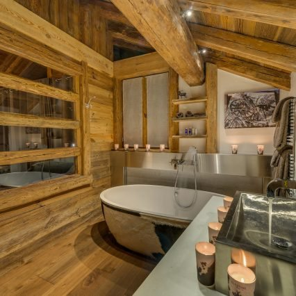 Chalet Lhotse Bathroom 6