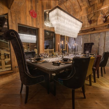 Chalets Lhotse Dining
