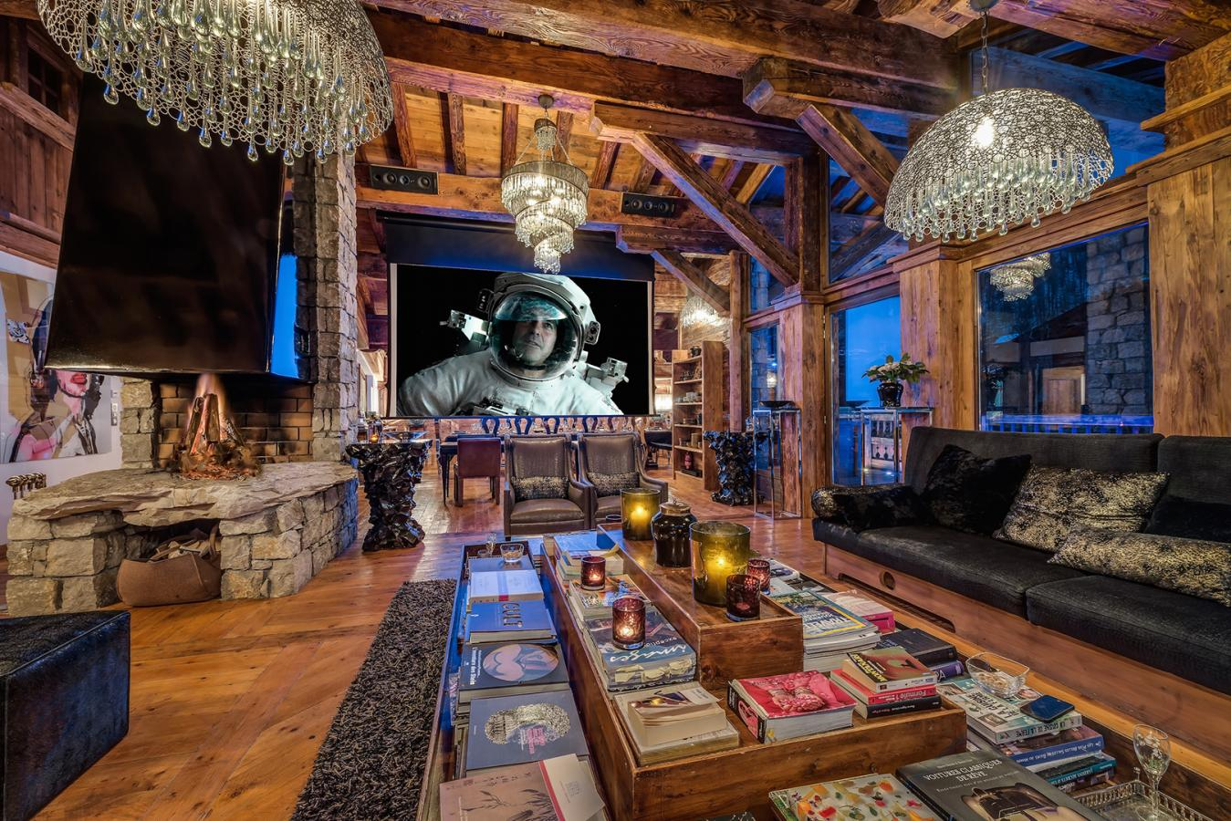 Chalet Marco Polo | Luxury catered ski chalet Val d\'isère | Sleeps 14