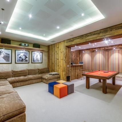 award winning, meribel, open fire, cinema, pool, spa, hottub, bar