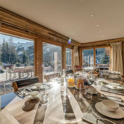 award winning, meribel, open fire, cinema, pool, spa, hottub, dining