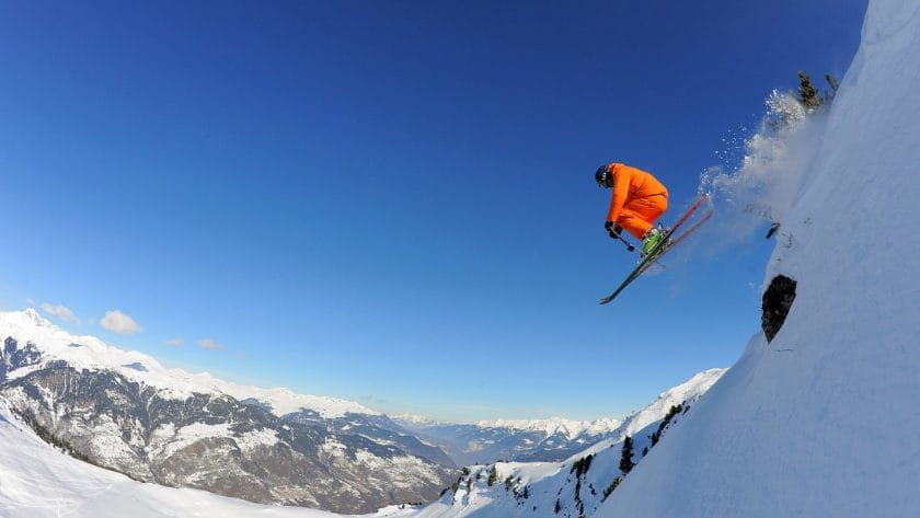 Last Minute Gift Ideas: The Skiers Ultimate Christmas Wish list