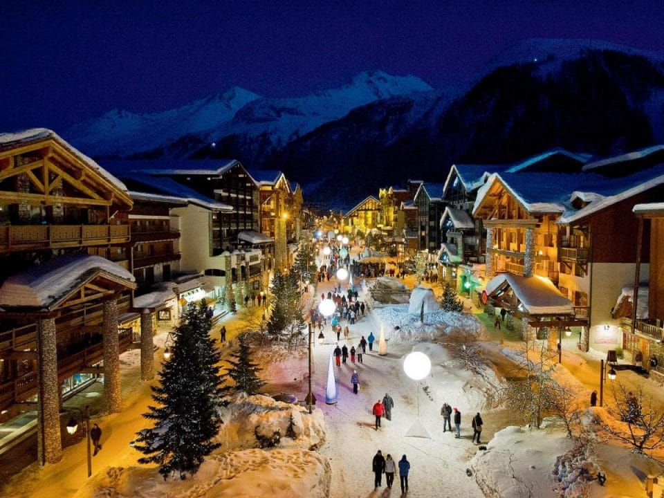 Luxury Christmas Chalet in French Alps – 2021