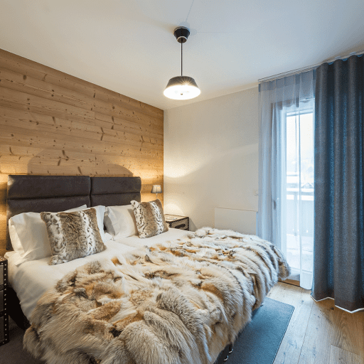 Aviemore: Alpine Apartment in Les Gets, Master bedroom