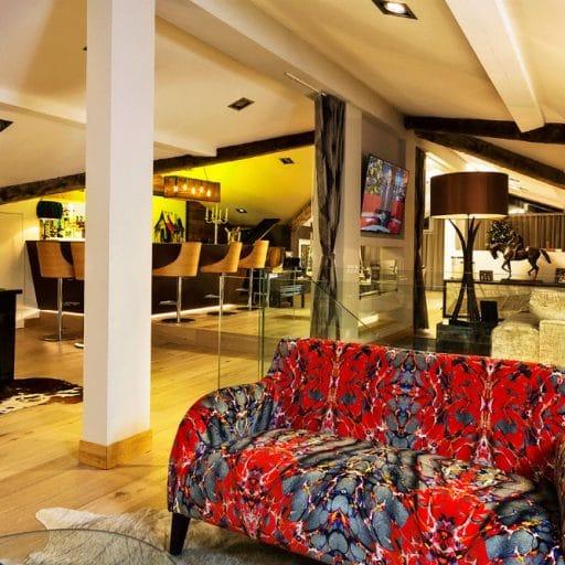 Urban Corniche Les Gets bar
