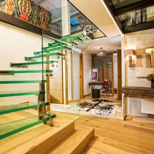 Urban Corniche Les Gets stairs