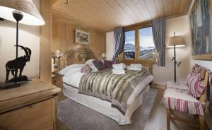 Petit Namaste, Courchevel 1850, Chalet Apartment, Self Catered, Ski in Ski out.