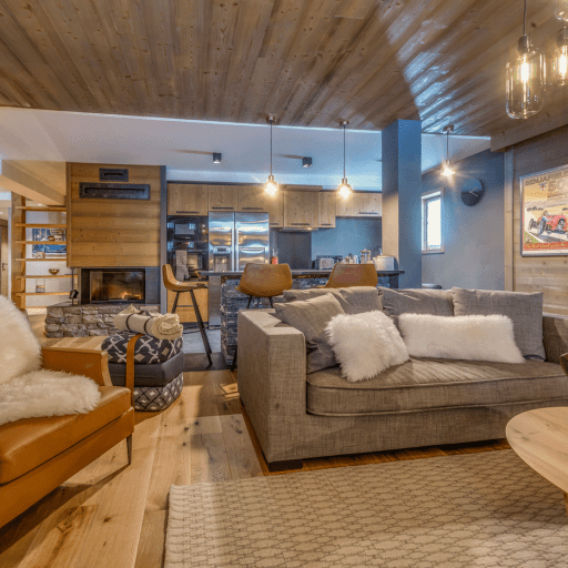 Luxury Self Catered Apartment, Tournesol, Val d'Isère: Open Plan living area