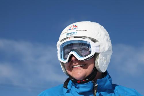 Anna Maxwell, Skiing