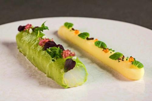 Gastronomy: Le Farcon, La Tania