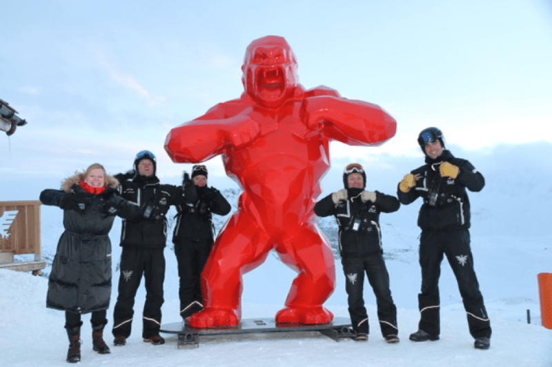 Richard Orlinski's red monkey scupture