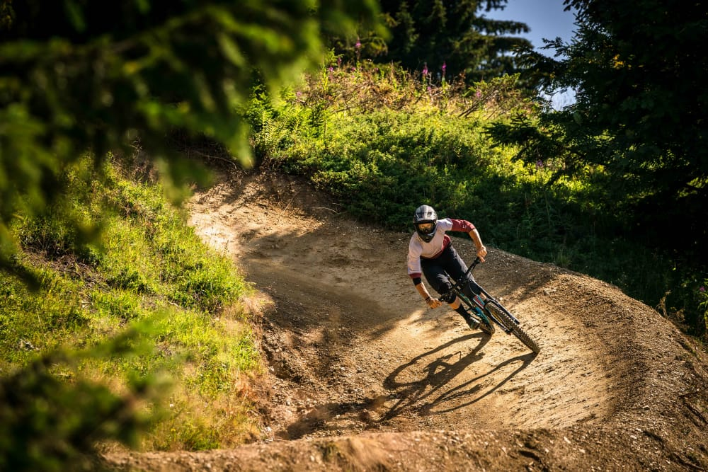 mountain biking in les gets