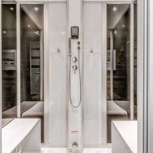 Consensio Apartment Ben Nevis Bathroom