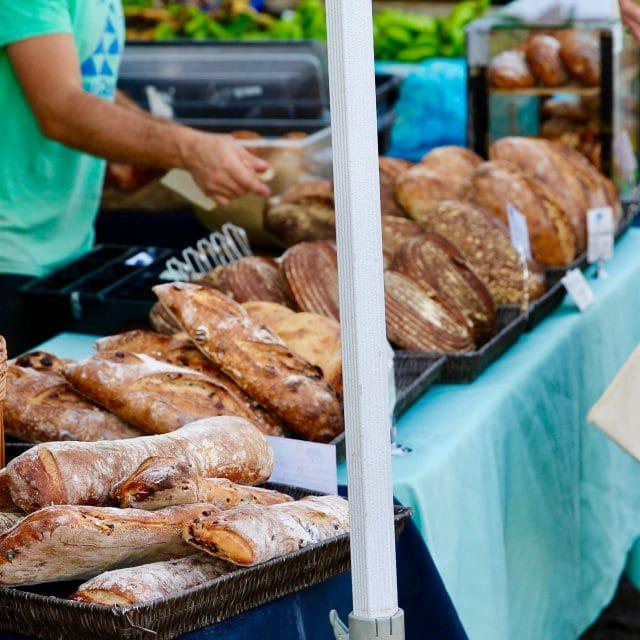 fresh bread consensio