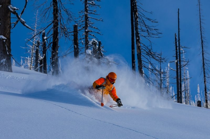 Best Off piste skiing in Canada ©Brice Lequertier