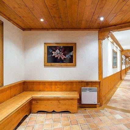 Chalet Shatoosh Courchevel Consensio Entrance