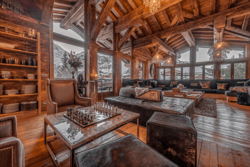 Luxury chalet or 5* hotel – Choosing the right accommodation for your next ski holiday